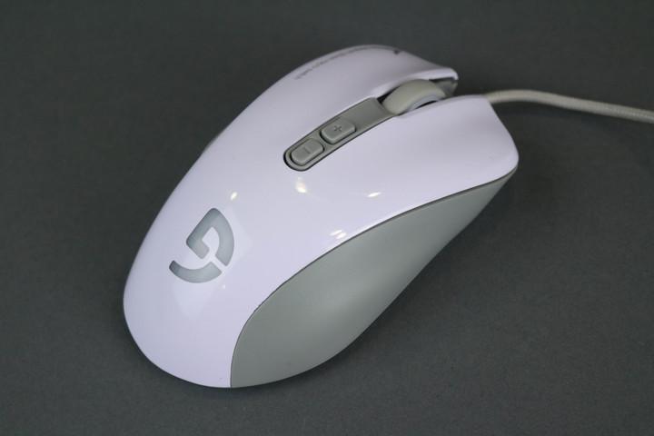 光磁微动 富勒第九系G90游戏鼠标评测
