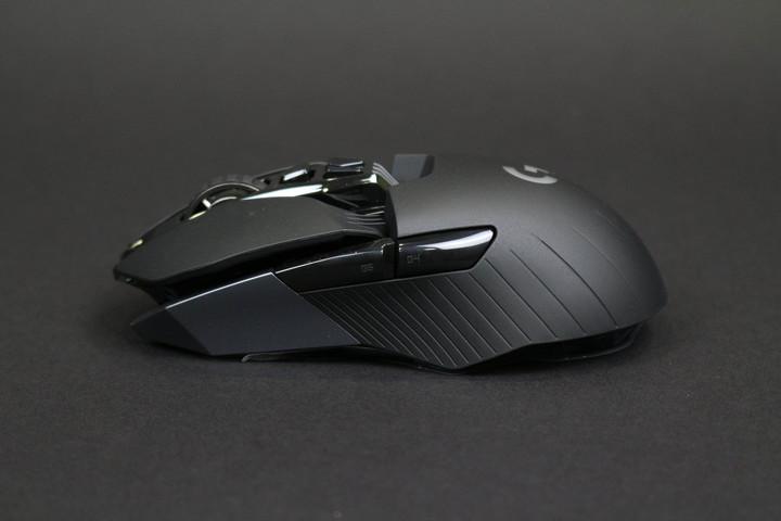 科技感十足 罗技G900 Chaos Spectru鼠标热销