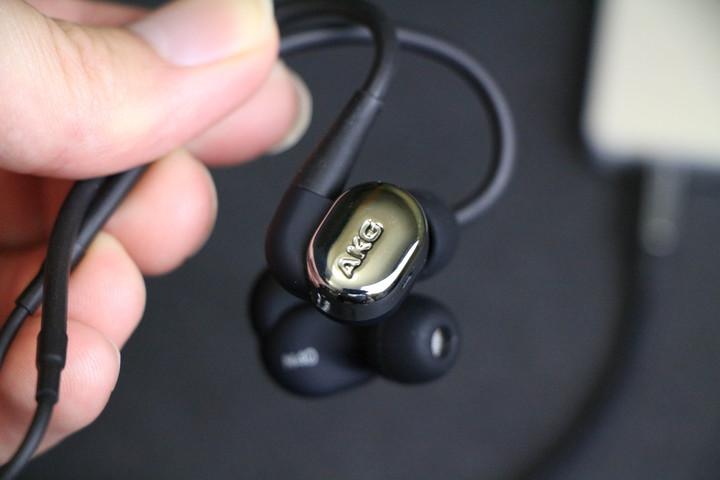亲民版K3003? 聊聊AKG N40入耳式耳机