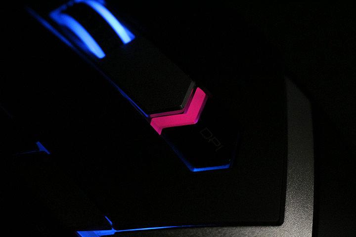 可调配重 雷柏V910激光游戏鼠标评测