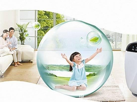 大金空气净化器 大金空气净化器如何大金空气净化器净化能效 清洁空气输出比率(CADR)越高,表示净化器的净化效能越高,而大金空气净化器拥有超大洁净空气量,能快速洁净房间空气,营造清新舒适的家庭环境。根据实验,在面积约为13㎡的房间,使用大金空气净化器十分钟,从微粒子可视化系统拍照的结果来看,屋内肉眼不可见的微粒也所剩无几。如需要快速调节家中空气时,大金流光能空气净化器完全可以满足需求。 大金空气净化器如何大金空气净化器的优点 1.