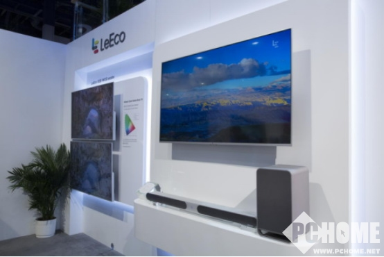CES2017乐视发布全球首款无边框分体电视