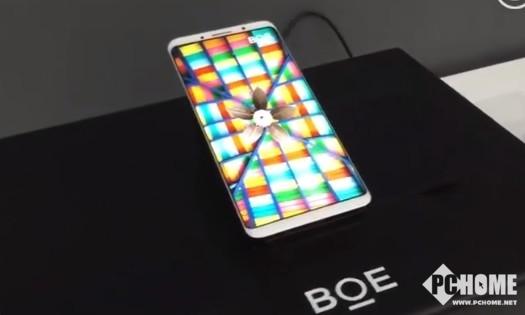 打破垄断!京东方展示逆天柔性AMOLED屏:国产手机福音