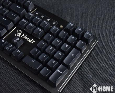 好装备真的能为所欲为 血手幽灵B975电竞机械键盘评测