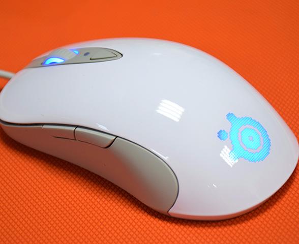 经典复刻 赛睿霜冻之蓝Optical版游戏鼠标评测