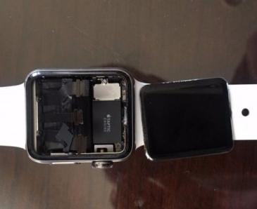 Apple Watch遭集体诉讼:存屏幕脱落缺陷