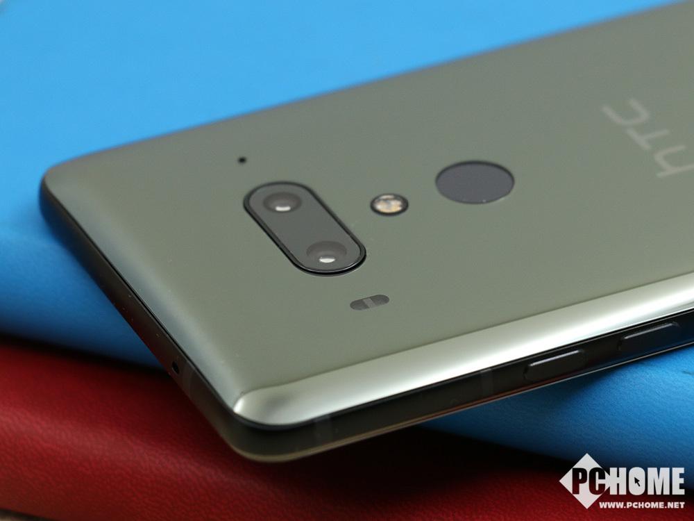 HTC U12+评测 前后双摄拍照旗舰极客之选