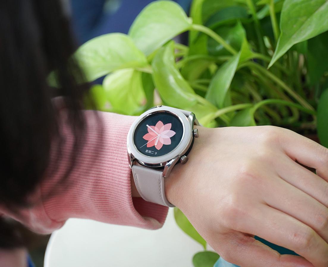 智能手表最强音 HUAWEI WATCH GT 雅致款体验评测