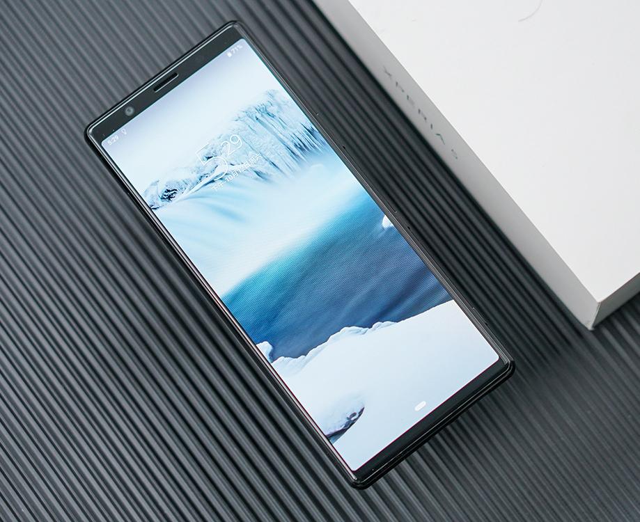 """索尼Xperia 5图赏:细长""""带鱼屏""""亮眼"""