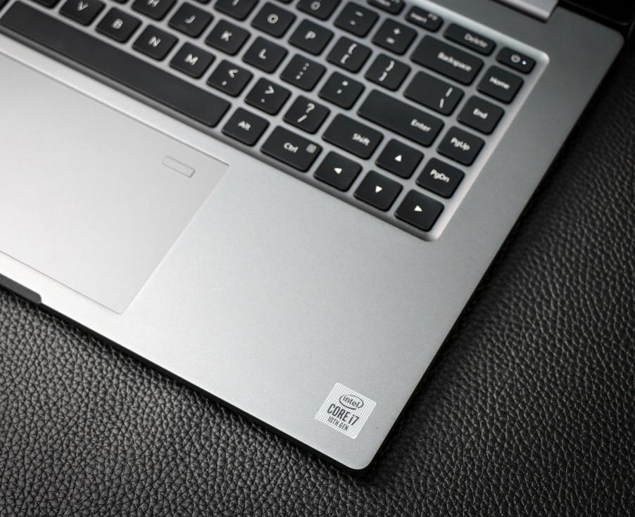 十代酷睿+智慧互传 小米笔记本Pro15增强版评测